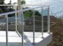 Kwikfynd Glass balustrading rockingham